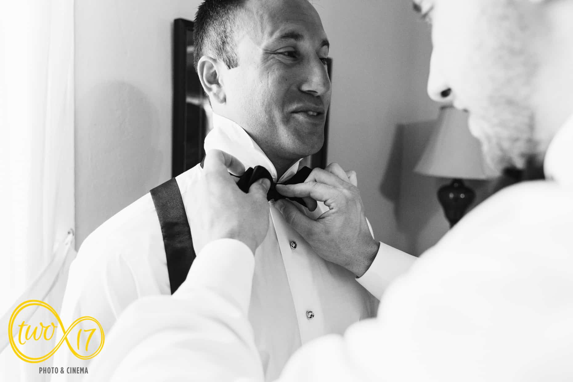 Photo Journalistic wedding photographer Philadelphia