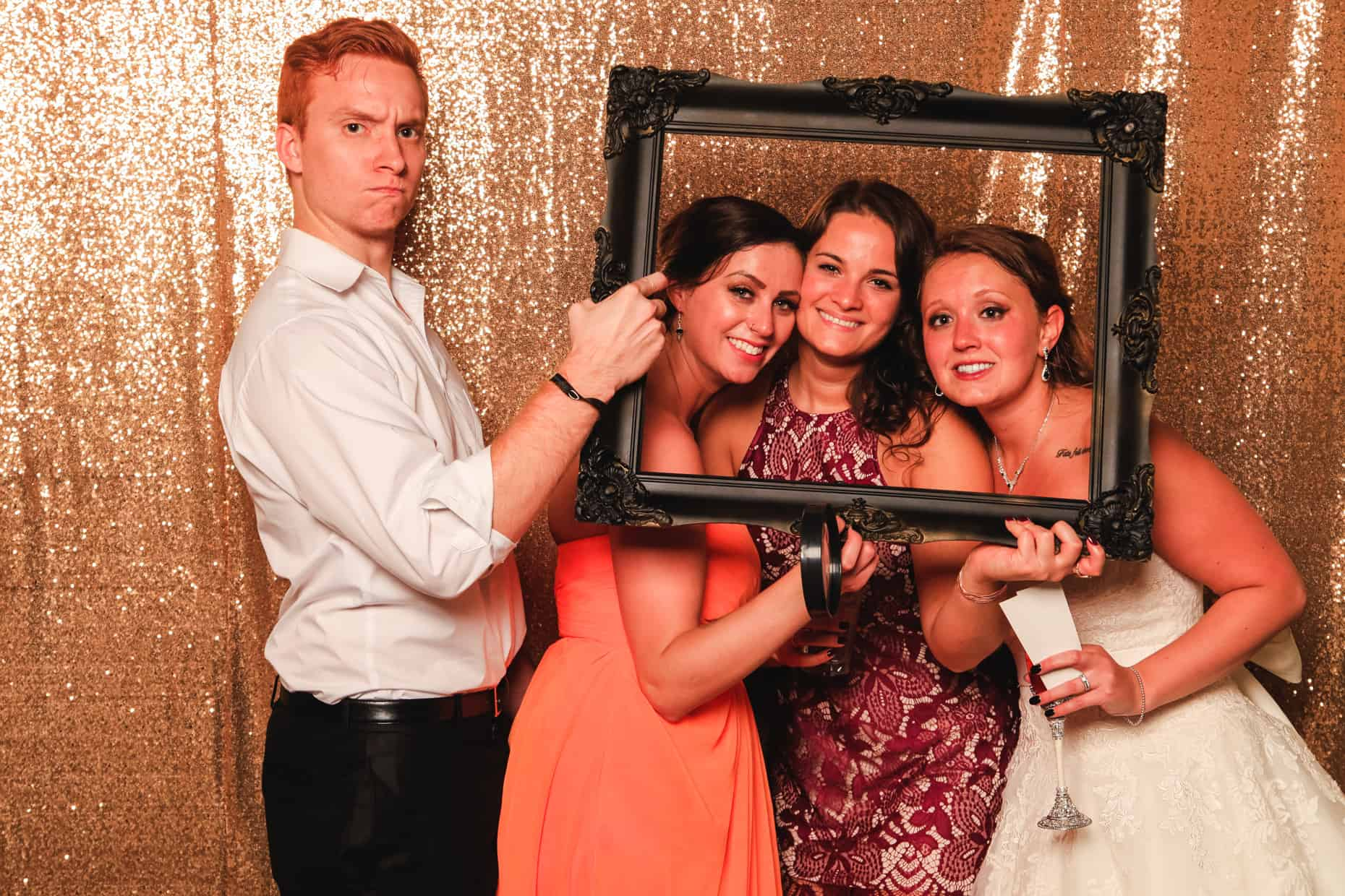 Photo Booth Willow Grove