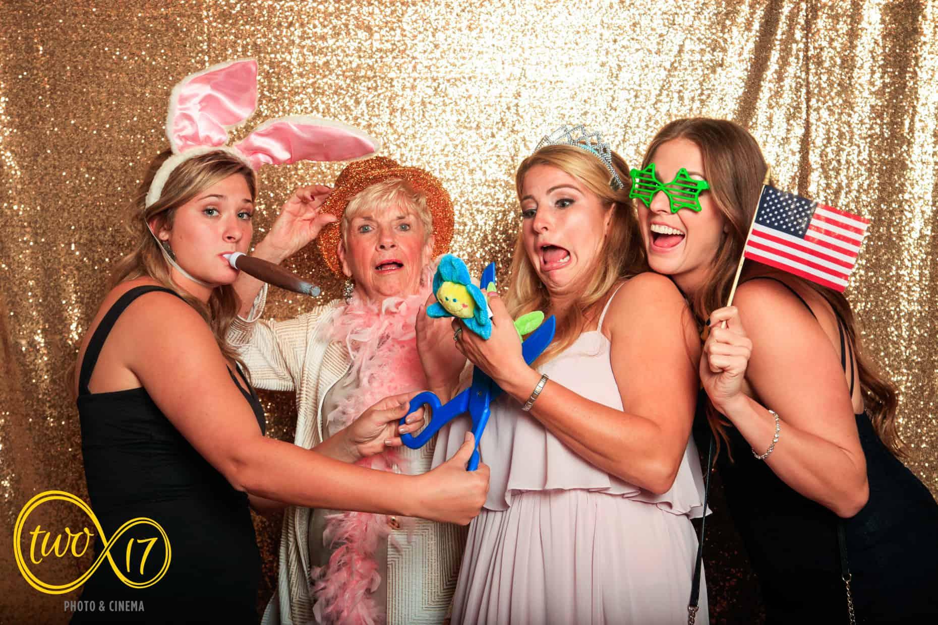 Philadelphia Wedding Photo Booths