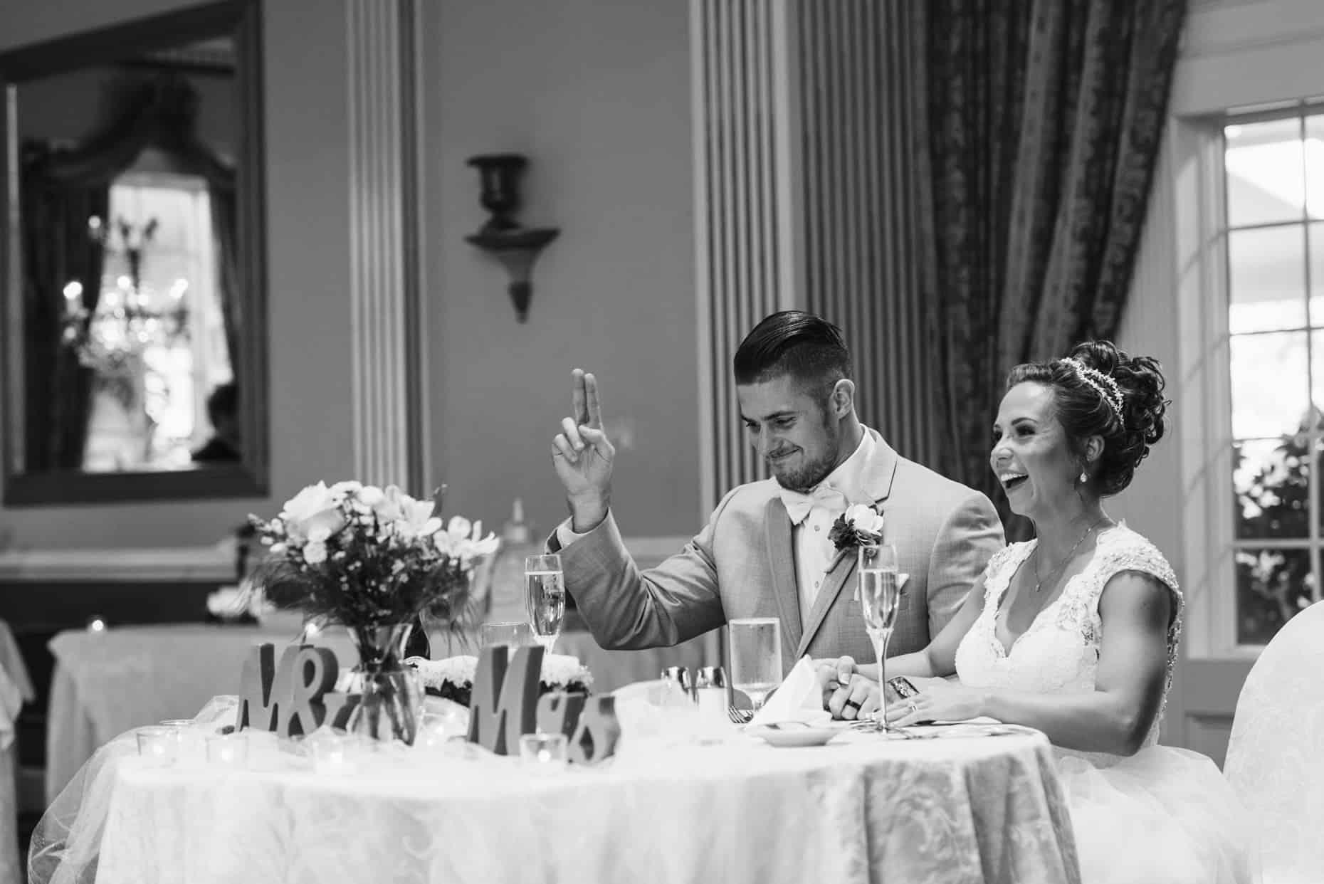 Mendenhall Inn Spring Wedding Photography