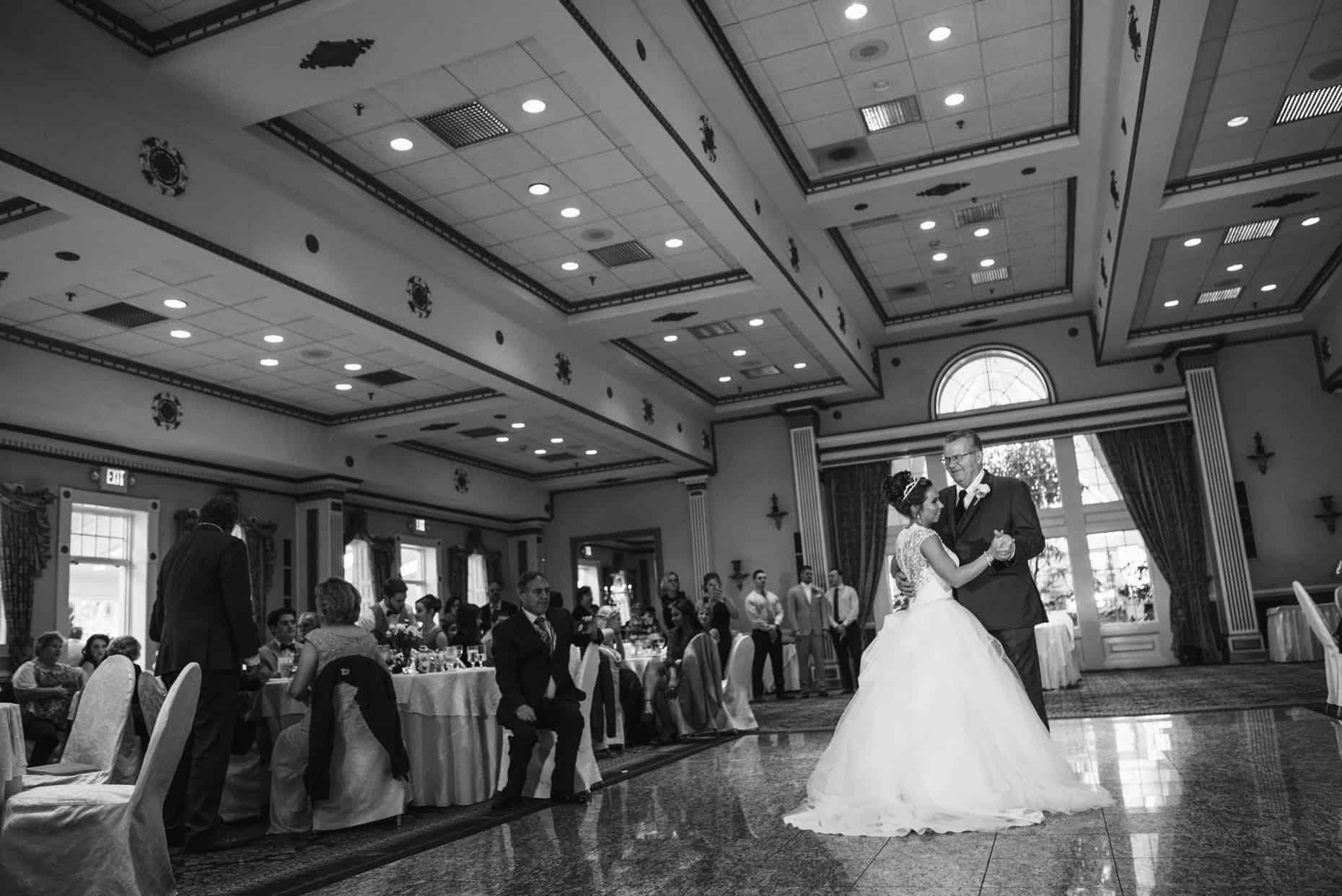 Mendenhall Inn Spring Wedding Pictures