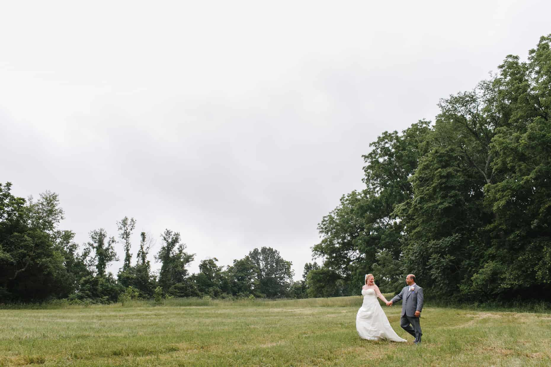 Farm Wedding Pictutre