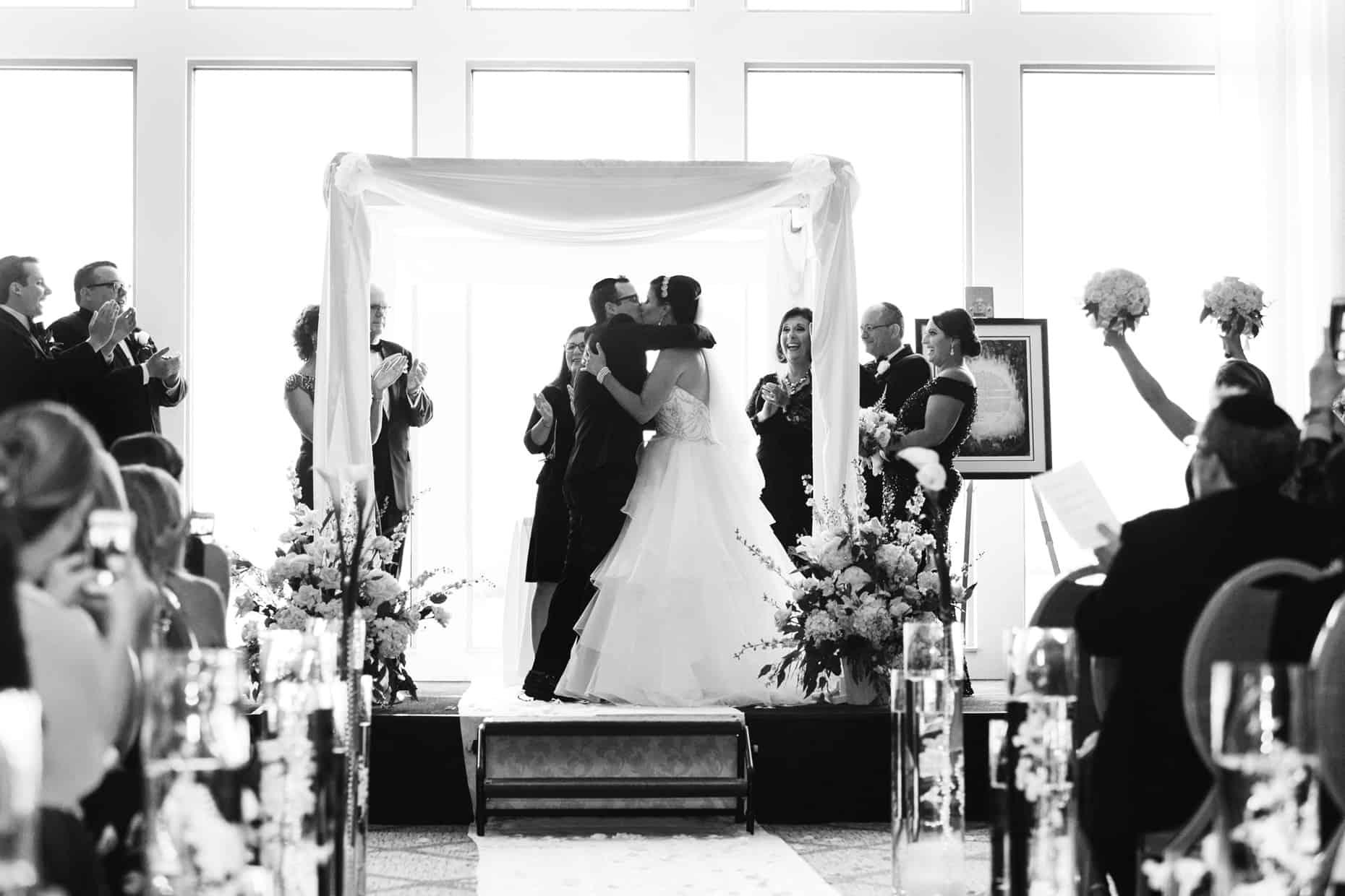 Penn's Landing Philadelphia Wedding Pictures