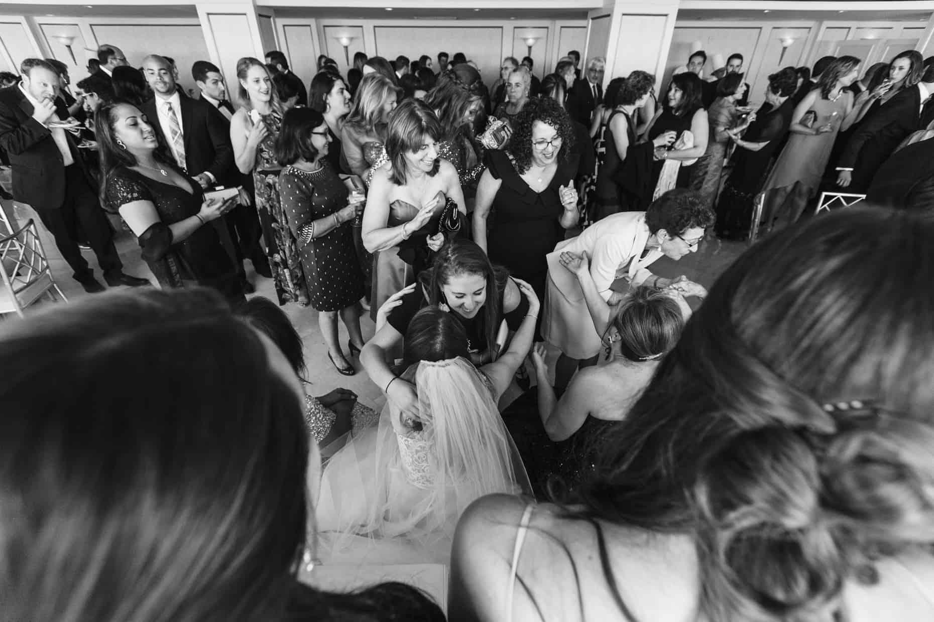 Glen Island Park Wedding Photographers