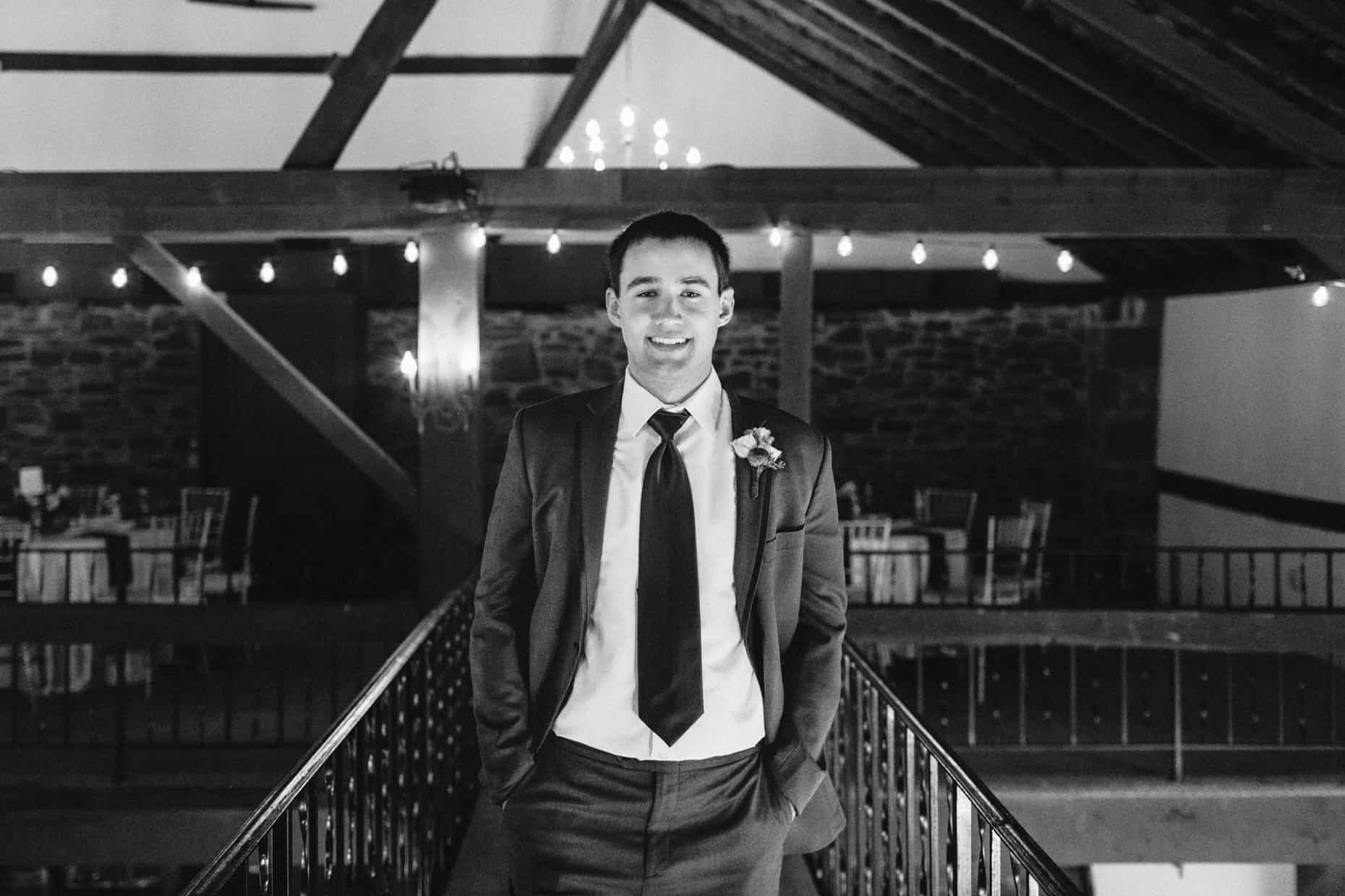 Barn on Bridge Wedding Pictures