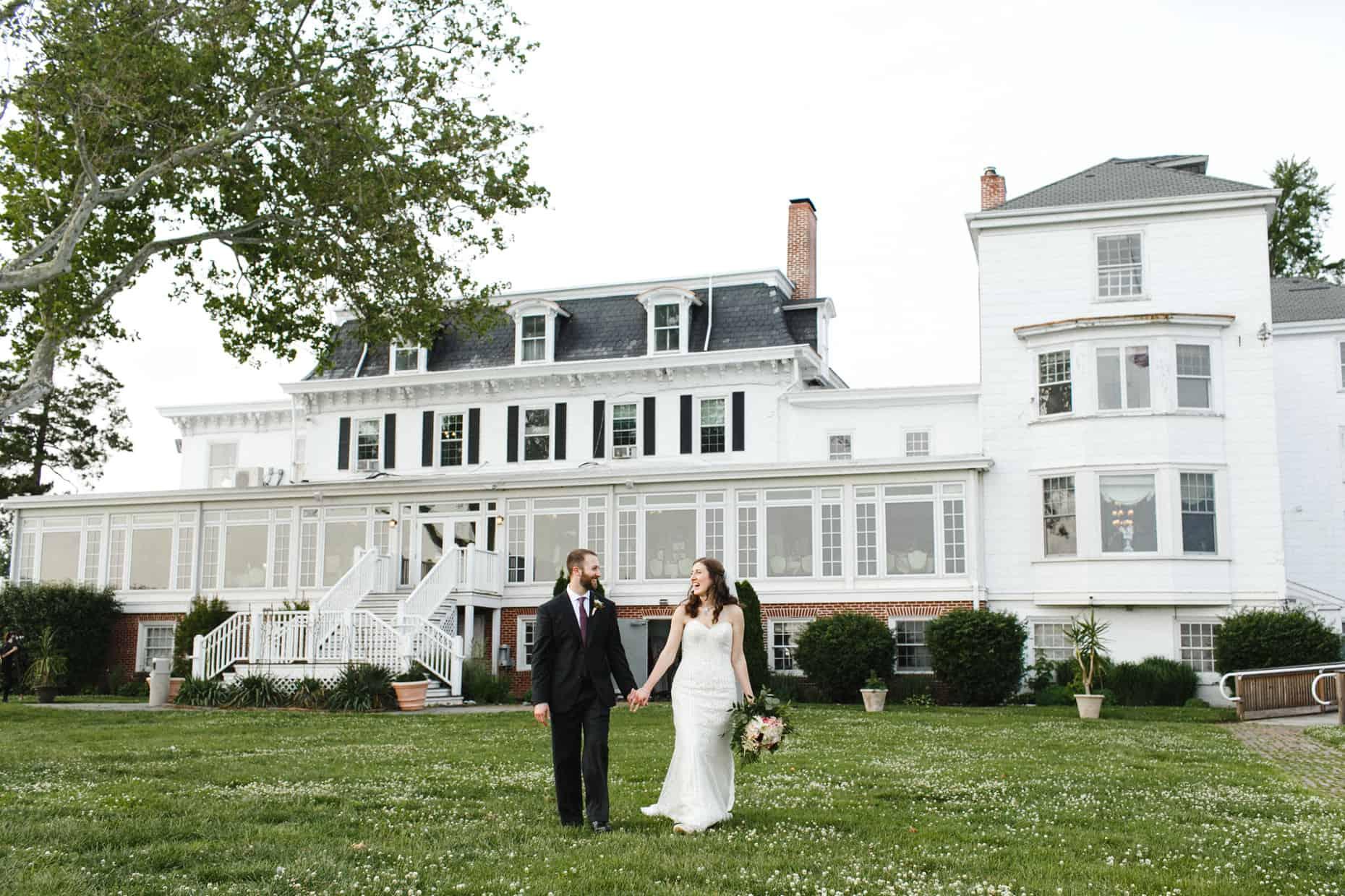 Corinthian Yacht Club of Philadelphia Wedding Pictures