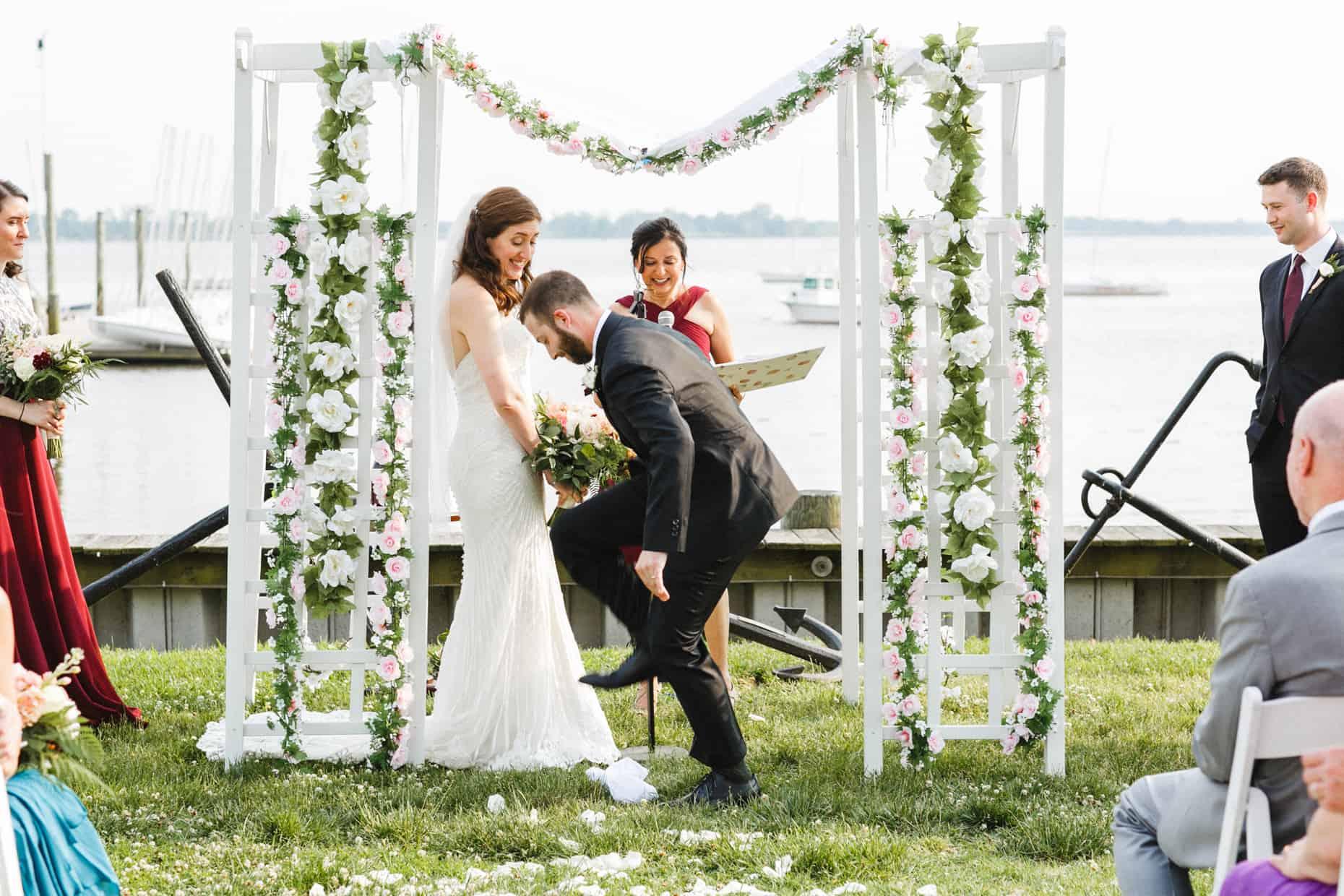 Corinthian Yacht Club of Philadelphia Wedding Photo