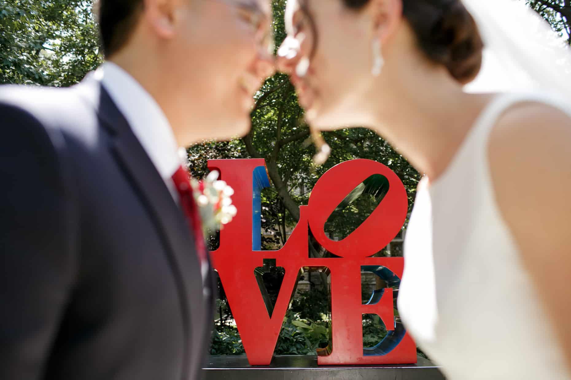Love Statue Wedding Photo