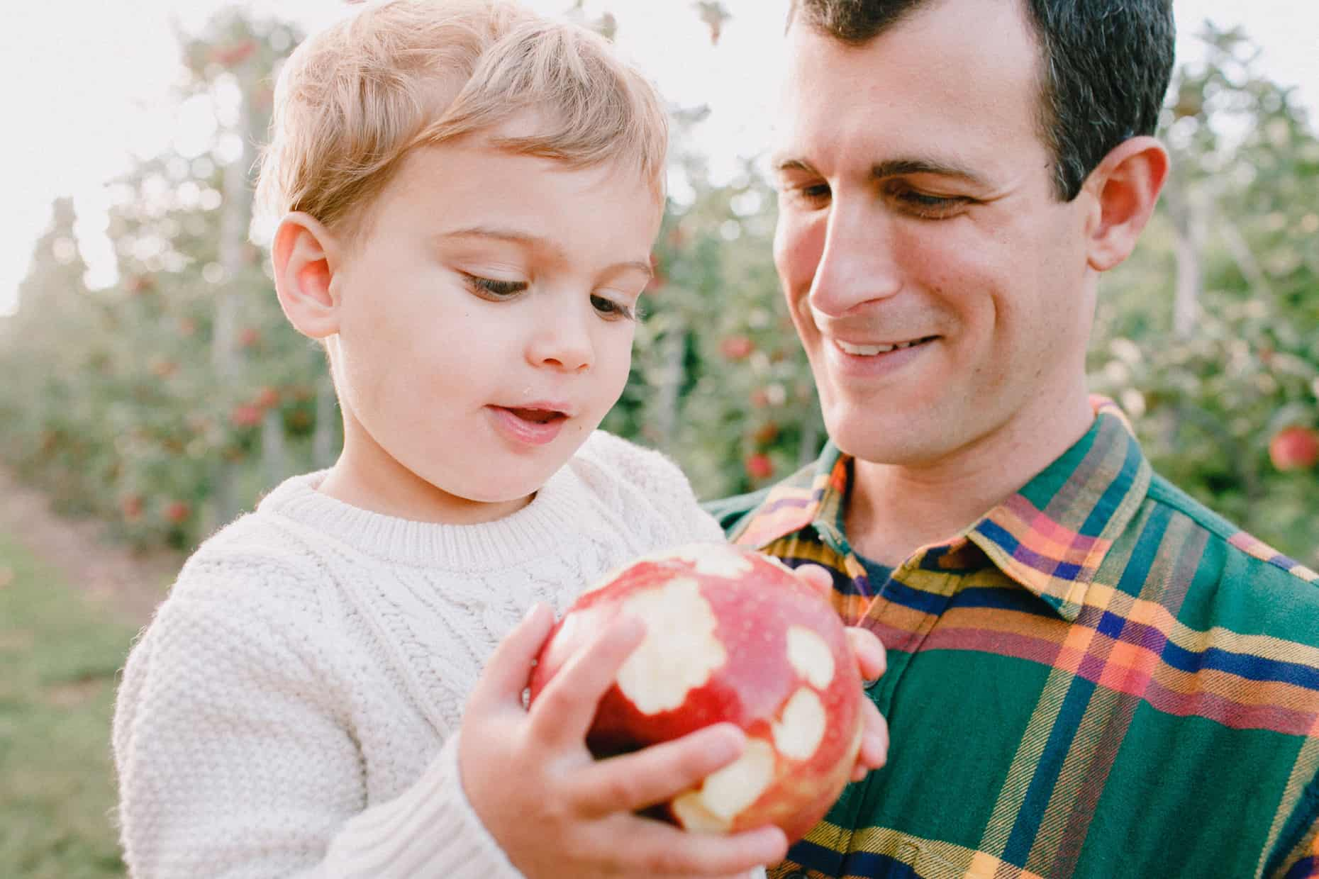 Apple Picking Family Photographers