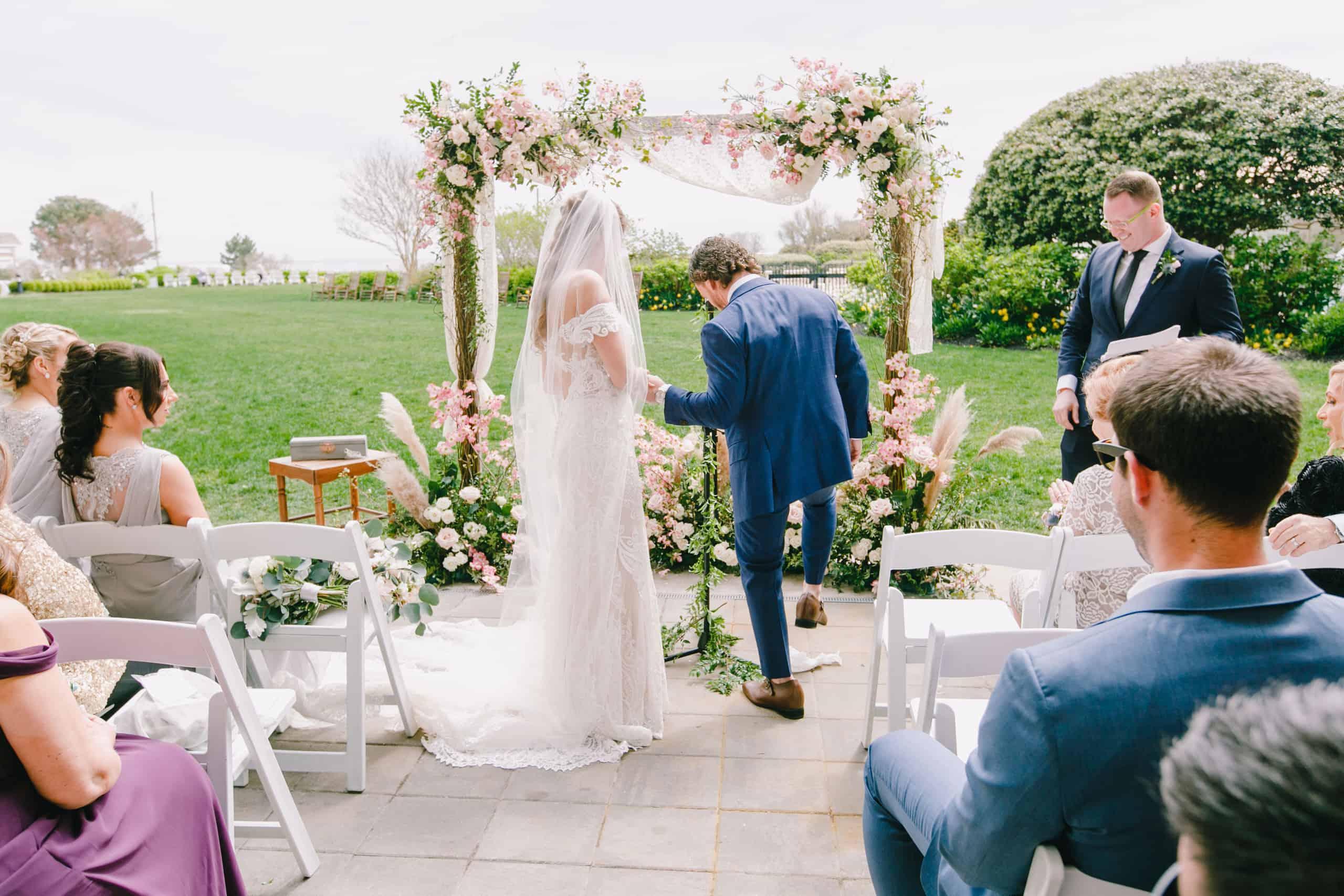 Wedding photos at the shore
